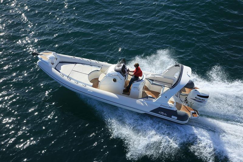 bateau pneumatique luxe
