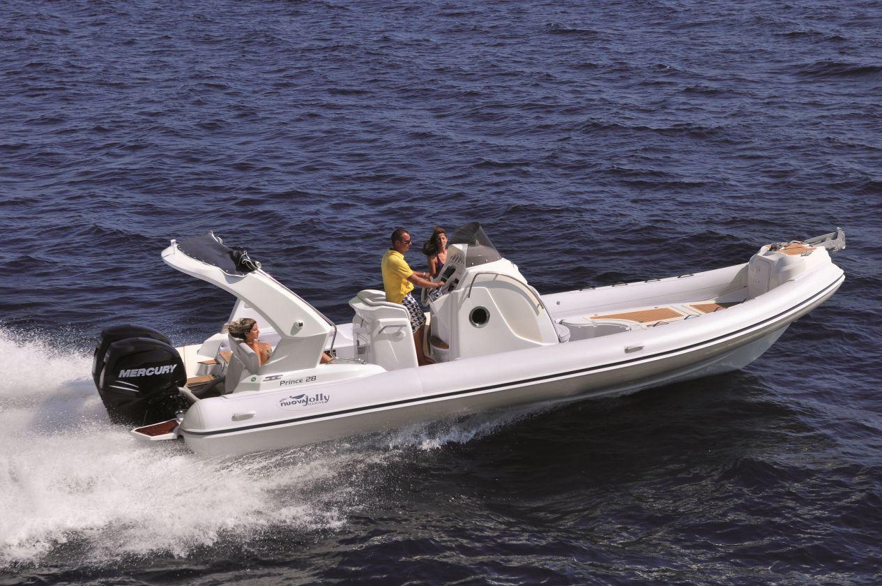 bateau pneumatique nuova jolly