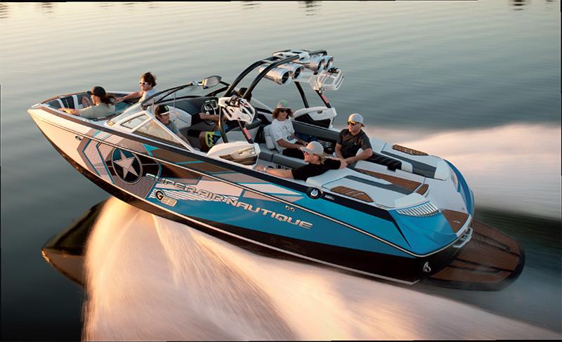 bateau pneumatique wakeboard