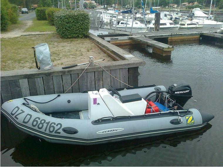 bateau pneumatique zodiac mark 2